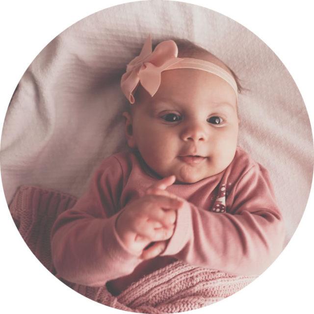 Foto Bebelín Nacimiento Sobre nosotros sobre nosotros - foto nacimiento circular 640x640 - Sobre Nosotros