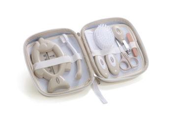 Set de higiene con neceser Jané bronze tiendas para bebé - Set de higiene con neceser Jan   bronze 350x241 - Tiendas Bebelín – Inicio